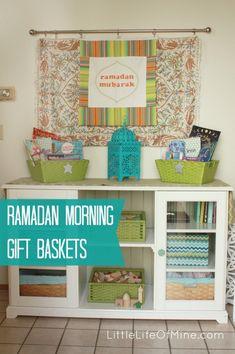 Ramadan Morning Gift Basket- I love this idea- Eid books on the eve of Eid would be awesome. Eid Crafts, Ramadan Crafts, Ramadan Decorations, Crafts To Do, Gift Baskets Uk, Preparing For Ramadan, Ramadan Tips, Muslim Holidays, Mubarak Ramadan