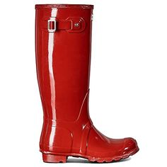 Please note: Hunter Kids lists the UK size on all footwear. For example, if you order a US 10 Toddler the size printed on footwear and packaging will be a size A super glossy take on the classic… Rain And Snow Boots, Rubber Rain Boots, Hunter Kids, Wellington Boot, Rain Wear, Footwear, Military, The Originals, Shoes