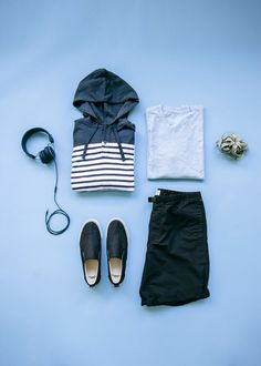 Summer style is all about being casual and effortless. Pair your go-to tees with shorts and a cool hoodie for the perfect carefree outfit. Shop all new men's arrivals from Gap.