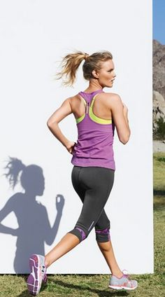 Start your spring time cardio with cute and comfortable outfits like these! #Fitness #Fashion #Leggings