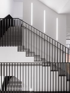 Come and say hello at Calle de Fuencarral, 16 in Madrid and discover our latest collection set against a clean and minimal backdrop… Stair Handrail, Staircase Railings, Stairways, Detail Architecture, Stairs Architecture, Interior Staircase, Staircase Design, Stair Design, Loft Design