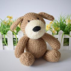 Mortimer is a cuddly little puppy, and knitted in soft and fluffy alpaca yarn. Double Knitting, Loom Knitting, Knitting Needles, Toy Puppies, Little Puppies, Sweater Knitting Patterns, Knitting Designs, Knit Patterns, Beginner Knitting Projects