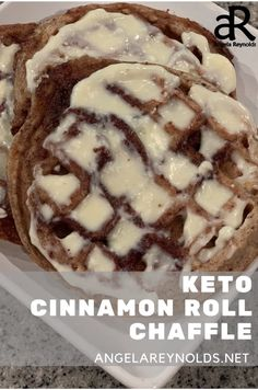 Low Carb Sweets, Low Carb Desserts, Low Carb Recipes, Atkins, Waffle Maker Recipes, Keto Waffle, Waffle Iron, Keto Snacks, Diabetic Snacks
