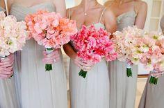 sweet peas bridesmaid bouquets