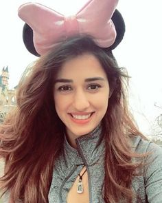 Cant Believe This! Hottie Disha Patani Reveals That People Used To Find Her Ugly! Indian Celebrities, Bollywood Celebrities, Beautiful Celebrities, Beautiful Actresses, Bollywood Stars, Bollywood Fashion, Disha Patani Instagram, Disha Patni, Beautiful Bollywood Actress