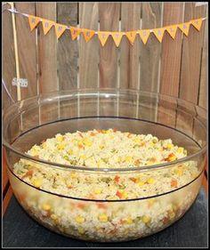 Konfettisalat (Nudelsalat ohne Mayonnaise) - https://hoetuspoetus.wordpress.com/2015/06/24/rette-sich-wer-kann/