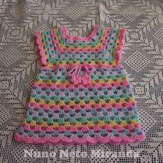 "alt=""free crochet pattern, crochet granny dress, crochet granny tunic, vestidinho em crochet, túnica em crochet, instruções passo a passo"""