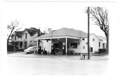 Old Gas Station, weatherford Texas Weatherford Texas, Old Gas Stations, Old Fort, Fire Dept, Old Buildings, Fort Worth, Old Pictures, Forget, Memories