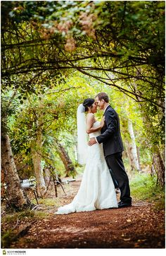 Images From A Sonoma Garden Pavilion Wedding An Outdoor Ceremony At Intimate Venue Experience Valley