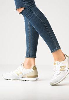 Pedir New Balance WR996 - Zapatillas - beige/white por 69,95 € (19/09/16) en…