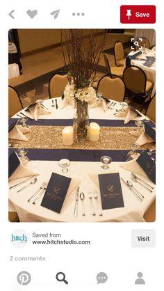 30 Navy Blue and Gold Wedding Color Ideas - Wedding Decor - tischdekoration hochzeit Wedding Table Linens, Wedding Reception Tables, Wedding Table Decorations, Wedding Table Settings, Place Settings, Centerpiece Ideas, Navy Centerpieces, Reception Ideas, Wedding Table Runners