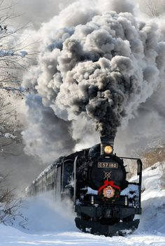 Photo 驀進 in Kitakata-shi, fukushima-ken, Japan Scenery Pictures, Train Pictures, Old Steam Train, Railroad Photography, Old Trains, Vintage Trains, Train Art, Train Engines, Winter Scenery