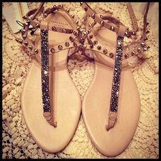 shoes sandals stud bead zara t-straps ankle strap studs glitter shoes Nude Sandals, Studded Sandals, Shoes Sandals, Zara Sandals, Sexy Sandals, Brown Sandals, Cute Shoes, Me Too Shoes, Pretty Shoes