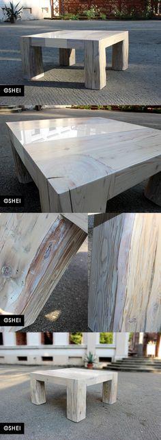 OSHEI Suspirio White wykonany jest z litego drewna sosnowego pozyskanego z restaurowanej kamienicy wybudowanej na początku XIX w  we Wrocławiu.  Stół wykonany ręcznie w dużym stopniu przy użyciu dawnych (często nie używanych już) metod stolarskich: klejenie na gorąco, czopy, kleje kostne.  Jako uzupełnienie wiekowego drewna zastosowano białe, hartowane oraz lakierowane szkło LacoBell.