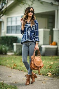 Fall Fashion Affordable Plaid Button-up Fall Streetstyle Inspo by Sequins & Things Plaid Shirt Outfits, Plaid Shirt Women, Flannel Shirts, Flannels, Mode Outfits, Trendy Outfits, Fashion Outfits, Fashion Trends, Womens Fashion
