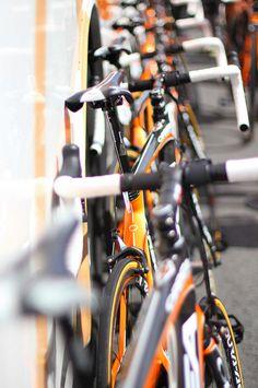 Orange partenaire technique du tour de France 2012. le matériel est prêt