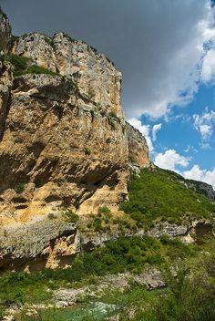 Paseo por la foz de Lumbier  Navarra  Spain