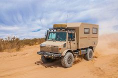 Unimog Camper Off Road Camping, Camping Car, 4x4, Truck Camper, Camper Trailers, Outback Campers, Stone Cabin, Universal Motor, Mercedes Benz Unimog