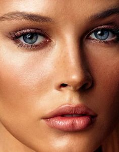 Most Beautiful Eyes, Lovely Eyes, Pretty Eyes, Girl Face, Woman Face, Beauté Blonde, Too Faced, Light Hair, Interesting Faces