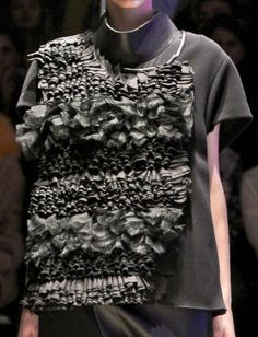 Richly ruffled top with tonal textures - decorative fabric manipulation for fashion; garment design; sewing techniques // Ter et Bantine