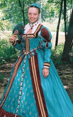 Elizabethan Gown Renaissance Dress from the Bristol Renaissance Faire