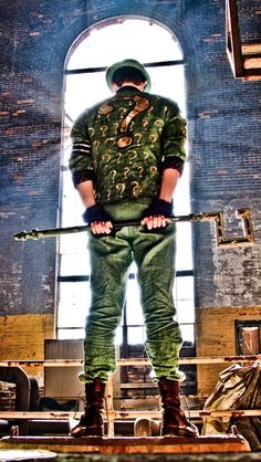 Kick ass cosplay of the Riddler from Batman: Arkham City. I think I can genderbend this cosplay concept :)