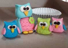 Fondant and gumpaste 3D owl cake toppers for Sma's 6th
