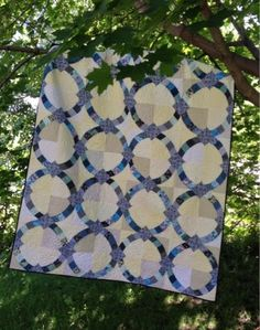 My Quilt Diet...: Metro Hoops Wedding Quilt
