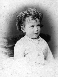 Czar Nicolau II da Rússia (1868-1918) criança, por volta de 1870.