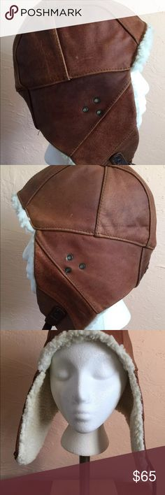 Hat all leather Kakadu Flying Doctors Hat, from Australia never been worn, aviator style hat, Sherpa lining and leather trim metal hardware kakadu Accessories Hats