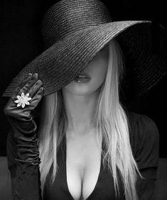 #reloj #relojes #orologi #hodinky #ur #zegarki #uhr #uhren #klockor #часы #fashion #girl #slimwatch #navy #sea #ocean #sun #girl #nakedgirl #womanfashion #menfashion #travel #globetrotter #sale #parker #parkerpen #parkerwatches