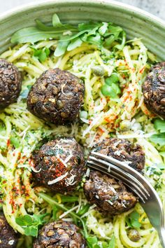 These vegan meatballs with lentils and mushrooms make a delicious and filling, yet health-promoting lunch. Their meaty texture and umami flavour are bound to impress vegans and non-vegans alike. Naturally gluten-free too!