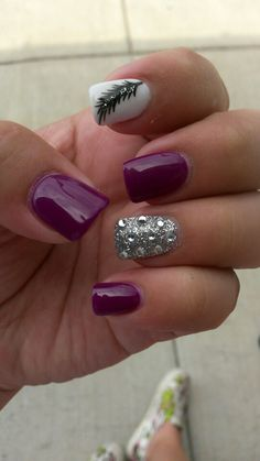 Feather and accent nail