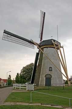 "The mill where my ""childhood sweetheart"" lived. De Korenbloem, Oude-Tonge, Goeree en Overflakkee, Zuid-Holland"