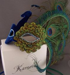 peacock mask - DIY wedding planner with diy wedding ideas and How To info including DIY wedding decor inspiration and tutorials. Everything a DIY bride needs to have a fabulous wedding on a budget! Peacock Mask, Peacock Feathers, Peacock Costume, Diy Wedding Planner, Budget Wedding, Wedding Ideas, Budget Bride, Mascarade Mask, Halloween Karneval
