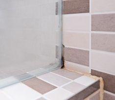Ako sa zbaviť otravných plesní v kúpeľni: Pomôžu aj prípravky zo špajze Tile Floor, Flooring, Alcohol, Tile Flooring, Wood Flooring, Floor