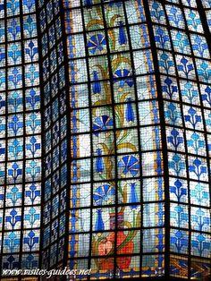 La Coupole, comme la façade du Printemps sont aujourd'hui inscrites à l'inventaire des Monuments Historiques.