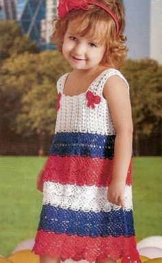 Lovely French, girl's dress . Free chart pattern.