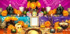 Mexican day of the dead altar (Dia de Muertos). Traditional mexican Day of the d , Mexican Halloween, Mexican Holiday, Paper Halloween, Creepy Halloween, Outdoor Halloween, Halloween Crafts, Halloween Ideas, Halloween Decorations, Spanish Classroom Decor