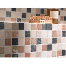 Marmermozaïek staat prachtig in de badkamer. Makkelijk te plaatsen en eenvoudig schoon te houden.