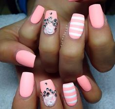 Easy, jazz up nails with jems, charms and stripes. Fabulous Nails, Gorgeous Nails, Love Nails, Pink Nails, How To Do Nails, Pretty Nails, My Nails, White Nails, Beautiful Nail Designs
