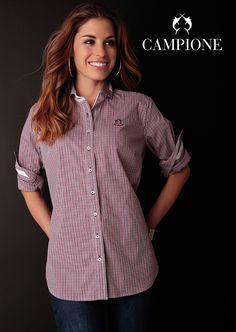 Diese moderne #Bluse von LISA #CAMPIONE ist ein wichtiges Basic für jeden #Kleiderschrank.