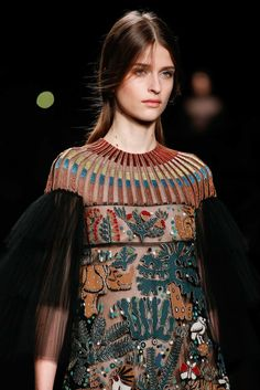 Valentino Fall 2015 Ready-to-Wear Accessories Photos - Vogue