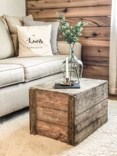 Old box used as a farmhouse coffee table. French Country Living Room, French Country Decorating, Rustic Coffee Tables, Coffe Table, Old Boxes, Farmhouse Bedroom Decor, Decorating Coffee Tables, Do It Yourself Home, Living Room Decor