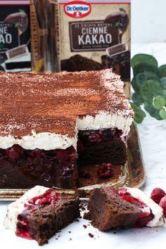 Kostka Wiśniowa - przepis Marty Types Of Cakes, Tiramisu, Dessert Recipes, Ethnic Recipes, Food, Projects, Thermomix, Kuchen, Log Projects