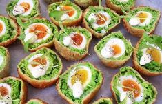 15 Yummy Scotch Egg Recipes You Must Try The classic Scotch eggs are the best, but we have taken the liberty to add some new ingredients to make them more exciting. Picnic Snacks, Picnic Foods, Healthy Egg Recipes, Gourmet Recipes, Healthy Food, Snack Recipes, Vegetarian Recipes, Homemade Scotch Eggs, Amigurumi