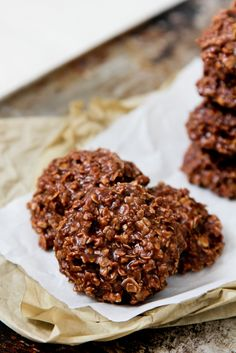No-Bake PB Chocolate Oatmeal Cookies - Repinned by http://barvivo.com/ (high quality products)