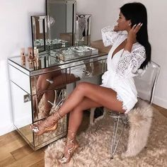 """axdorable: """"Queen of Glam"""" - beauty XIV - Rich Lifestyle Cabello Ariana Grande, Boujee Lifestyle, Rangement Makeup, Luxe Life, Deco Design, Style Vintage, My New Room, Mode Style, Bedroom Decor"""