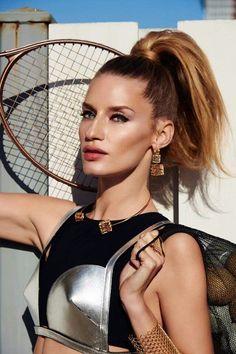 Az olimpiai játékok bizony a divatban dolgozó szakembereket is megihlették. Íme egy részlet a júniusi portugál Vogue divatanyagából, Linda Vojtova főszereplésével. #makeup #vogue #lindavojtova #editorial #sport