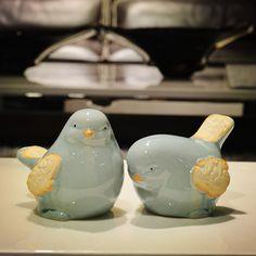 Amantes de cerámica lindo pájaro pastoral Rural ornamento estatua de decoración del hogar sala de manualidades decoración de la boda estatuilla de porcelana de los animales(China (Mainland))